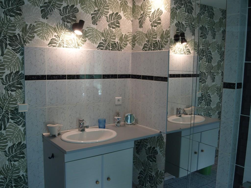 salle-bain-privee-chambre-hote-castillon